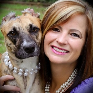 "Donna Lawrence, Founder and Executive Director of the Susie's Hope Nonprofit Charity will join Jon and Talkin' Pets 1/23/16 at 5 PM EST to discuss her life, her charity and the film about her ""Susie's Hope"", she will also give away DVD copies on air"