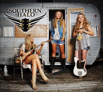 Country/Pop Music Sensation Trio Natalia, Christina and Hannah of SOUTHERN HALO will join Jon and Talkin' Pets 8/13/16 at 630pm EST to discuss and give away autographed copies of their newest CD