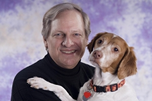 David Frei known as the Voice of The Westminster Kennel Club Dog Show and friend of Talkin' Pets will join Jon Saturday 8/24/13 at 5 PM EST to discuss the illegal use of service dogs