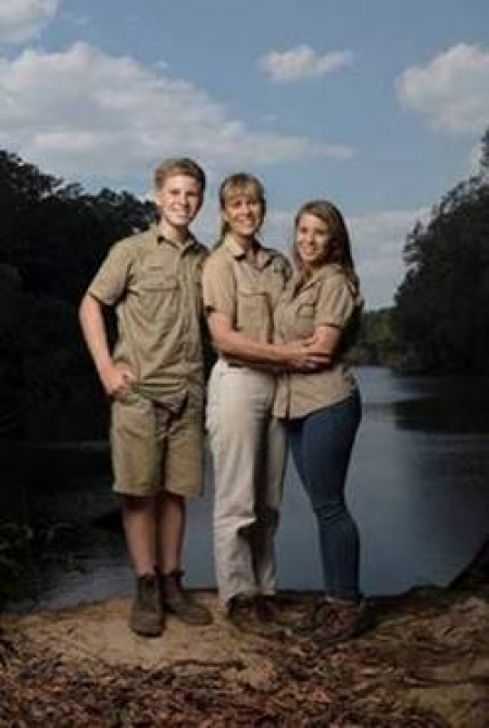 THE IRWIN FAMILY COMES HOME TO ANIMAL PLANET