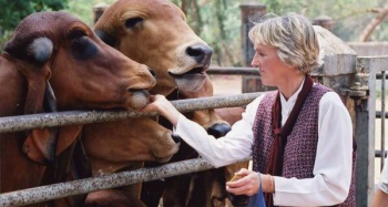 DR. INGRID TAYLOR, veterinarian and research associate for People for the Ethical Treatment of Animals will join Jon and Talkin' Pets on 1/09/21 at 621pm ET to discuss animal sentience and the end using animals in experiments